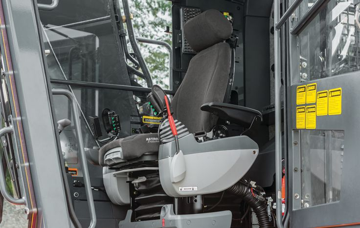 Newly designed operator stations feature 3 inches of additional leg room. The side entry cab is 25% larger.