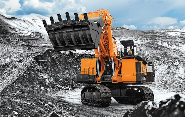 The EX5600-7 is available in backhoe and front-shovel configuration, and you can choose between a Cummins or MTU engine.